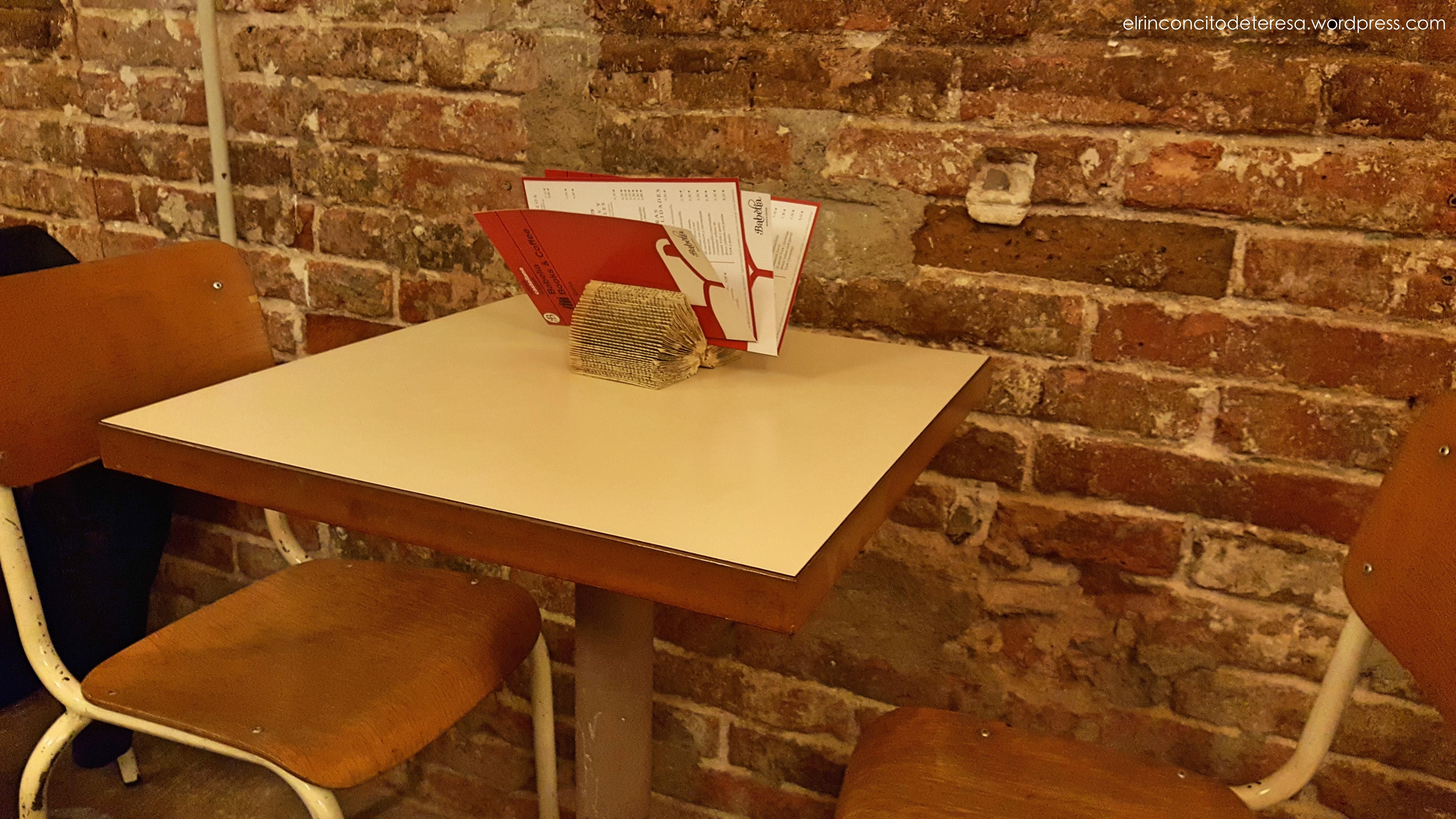 babelia-deco-mesa