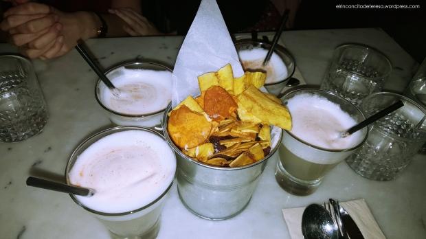 lascar74-chips-verduras-pisco-sour