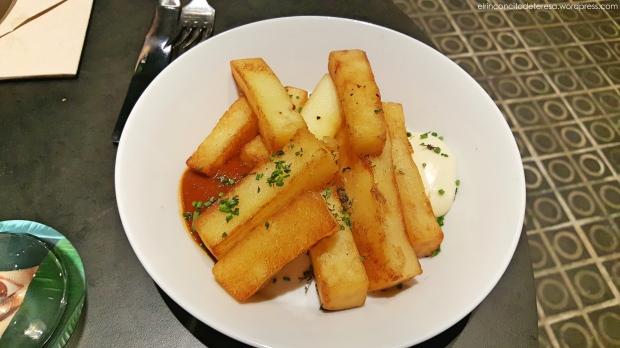 libertine-casa-bonay-patatas-bravas