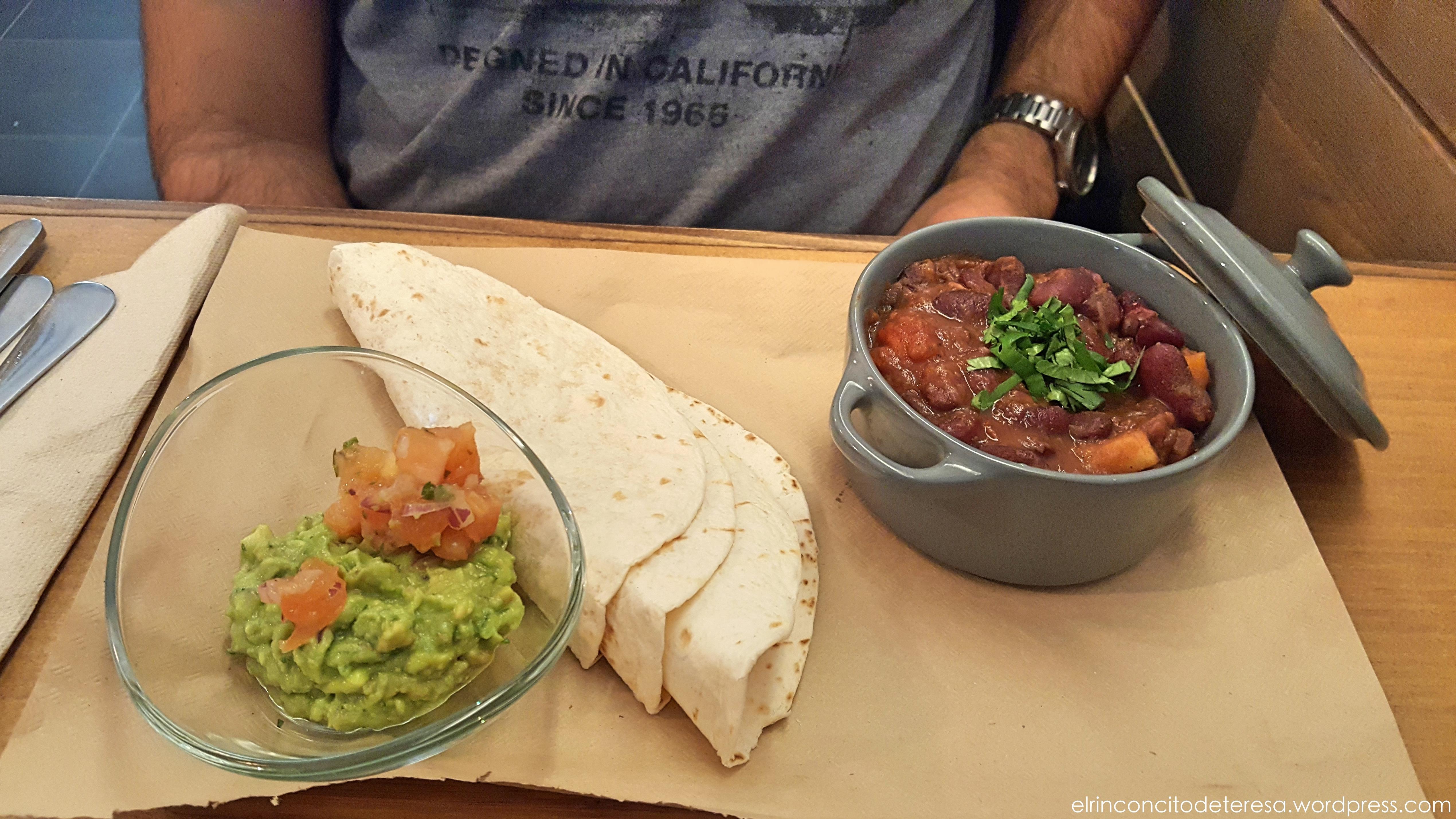quinoa-chilli-alubias-rojas-tacos