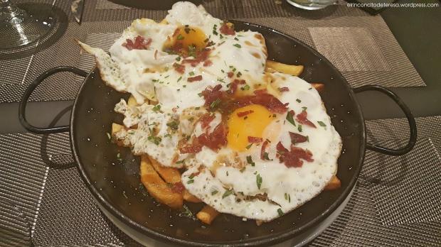 napa-huevos-rotos-jamon