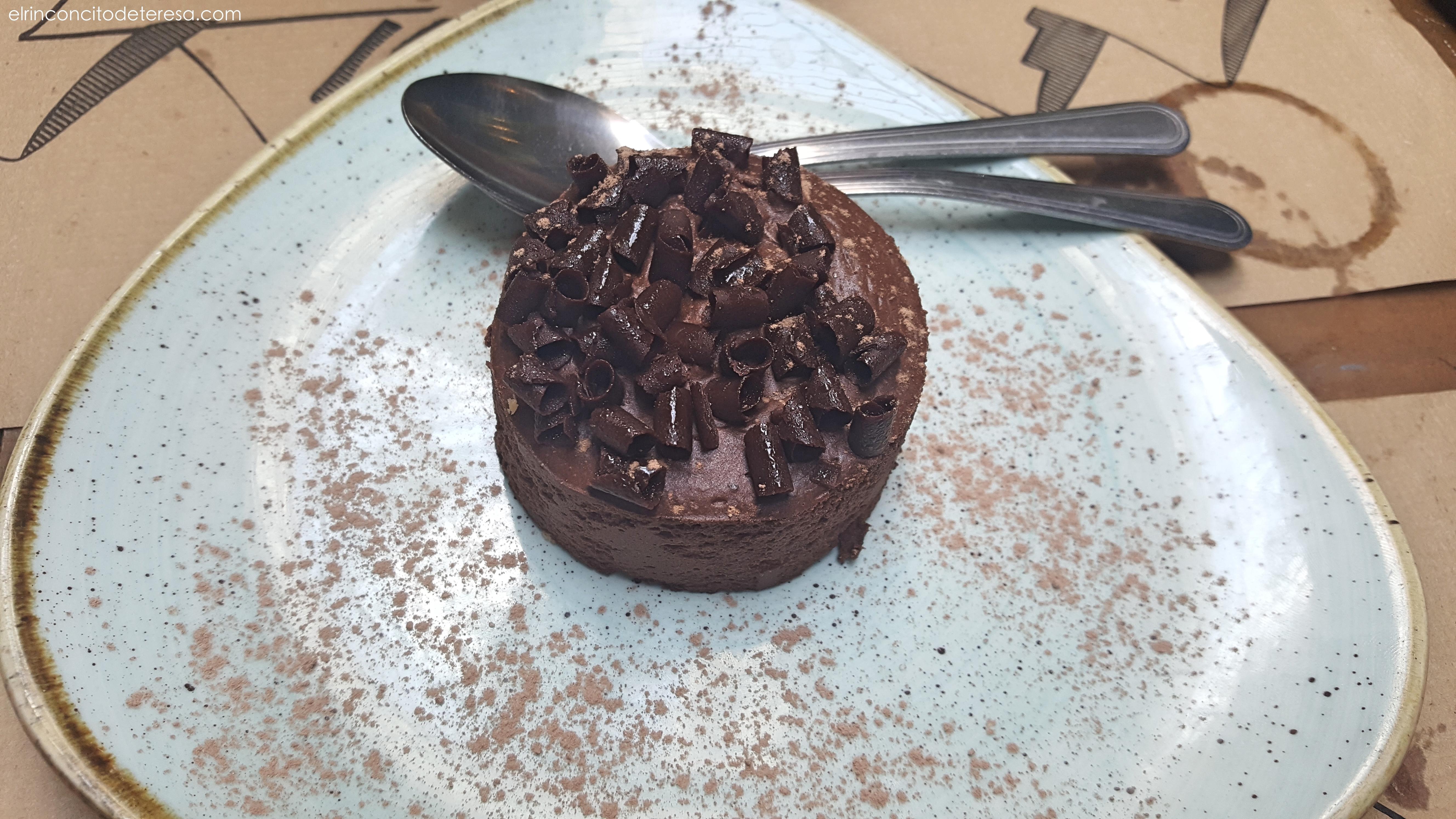 pirineu-en-boca-pastel-chocolate