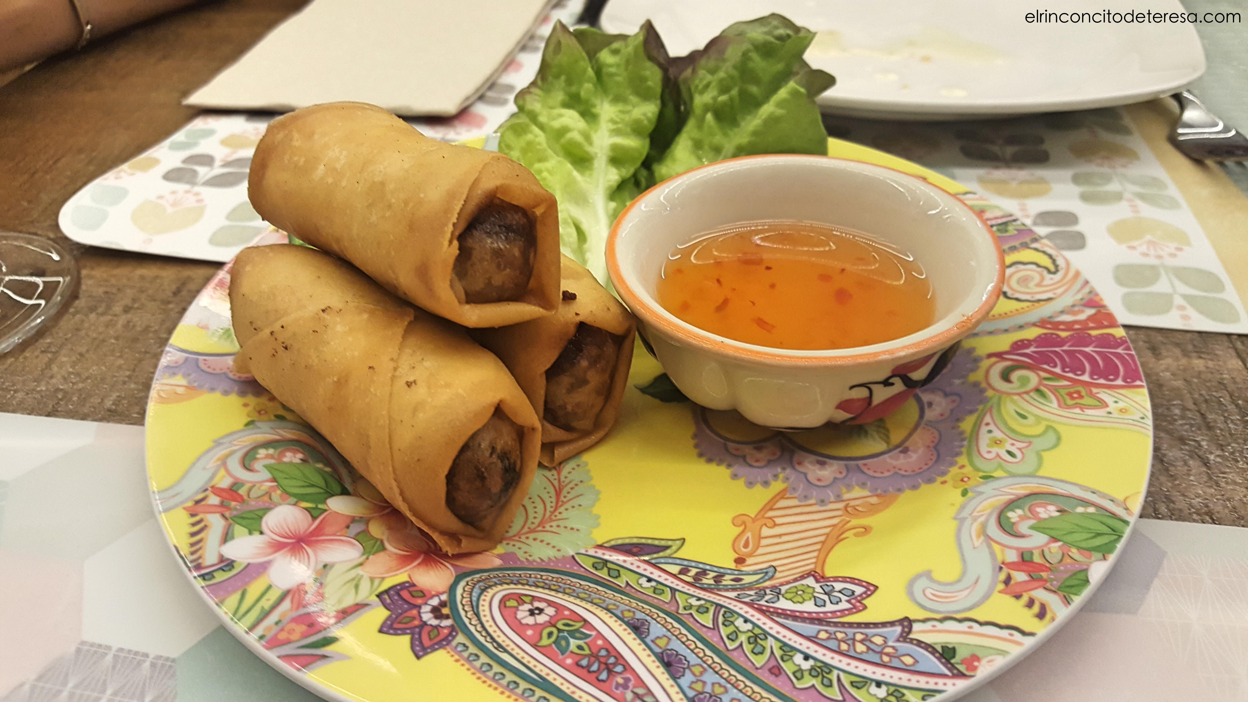 balmes-petit-bangkok-rollitos-pollo