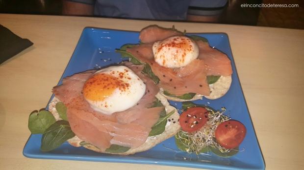 eixampeling-huevos-salmon