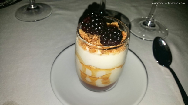 xalet-montjuic-yogur-caramelo